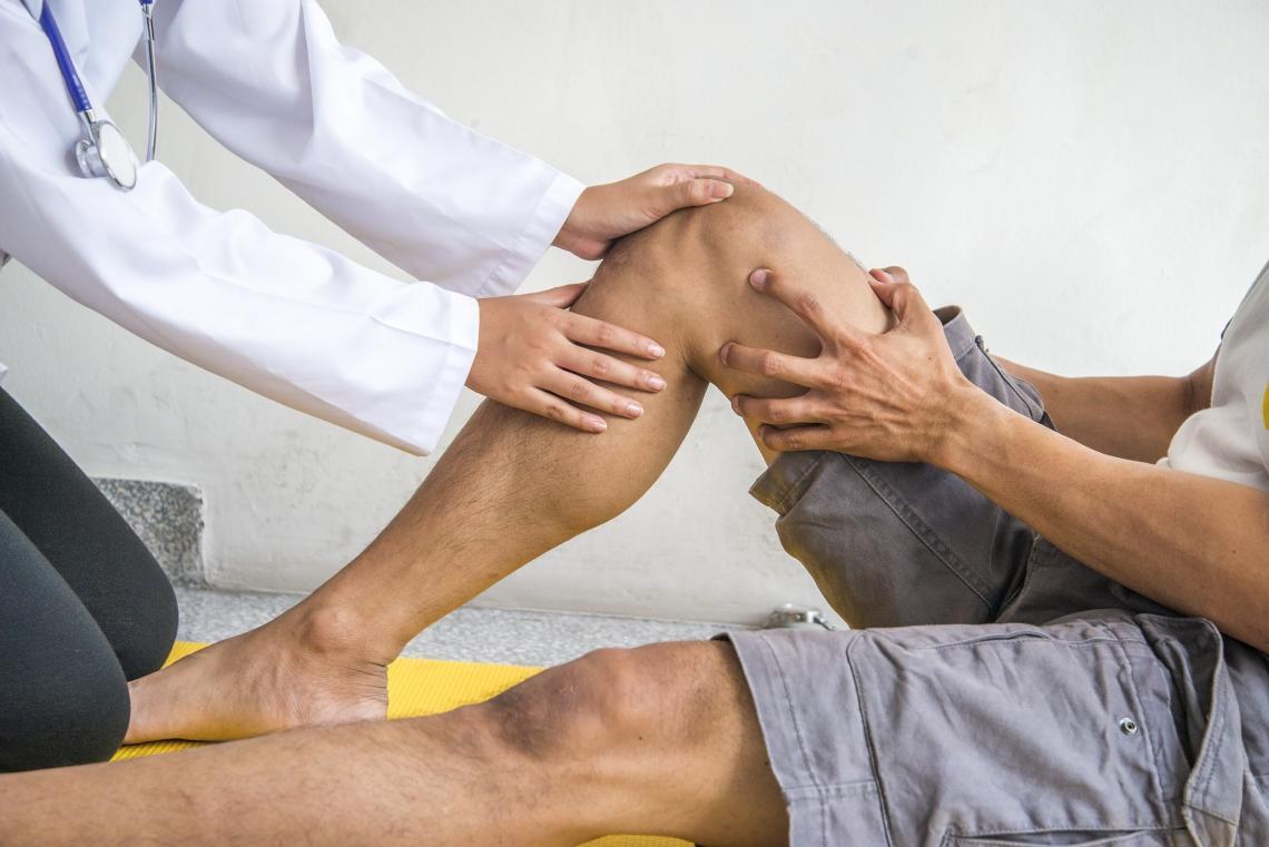 viscosupplementation visco supartz rooster's comb knee pain knee arthritis euflexxa